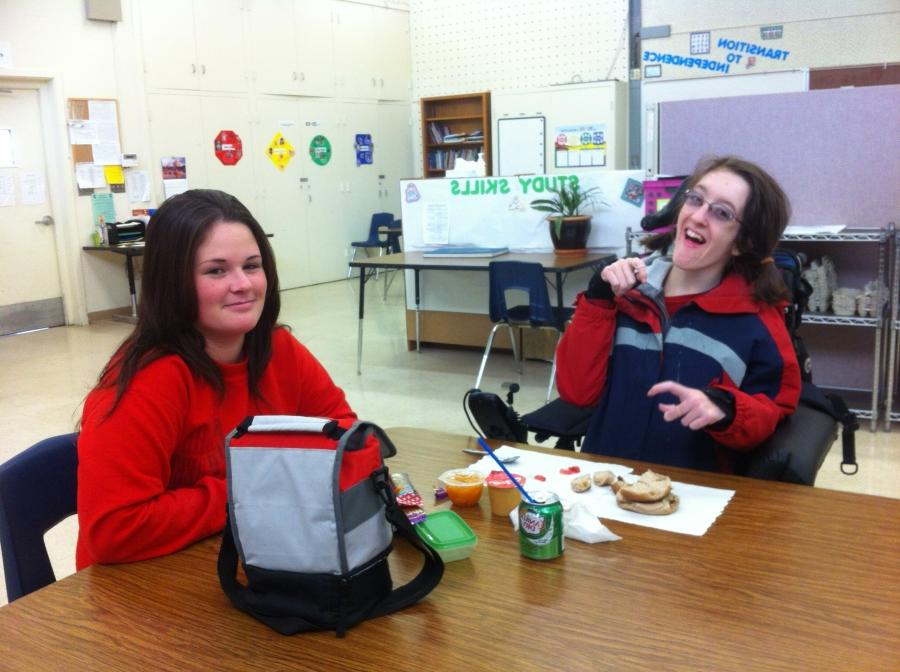 Junior Jessica Roeckl-Navazio eats lunch in classroom M1 with her...