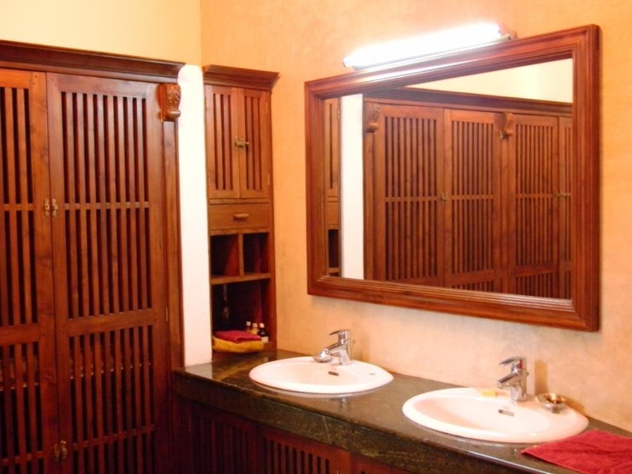 Classic Sri Lankan style windows