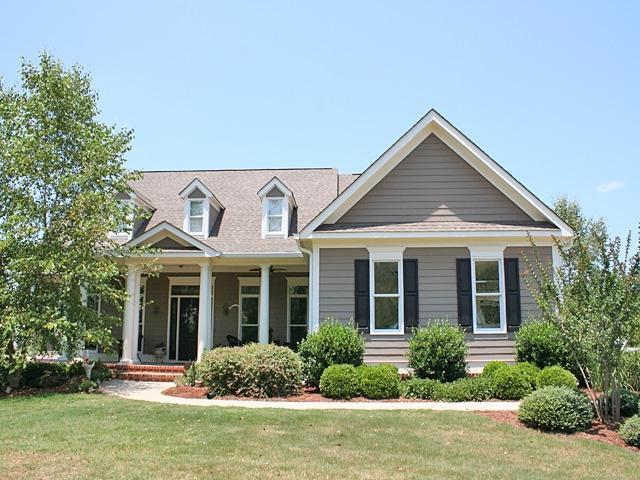 au20ac? Sharpsburg Area 1.5 Story Traditional Home on 13 Acres...