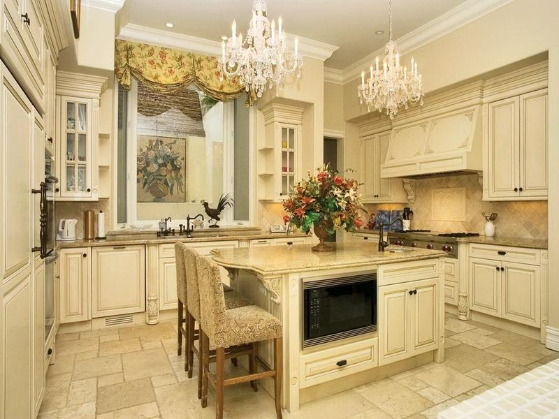 Luxurious Celebrity Home Interiors Kitchen Decor