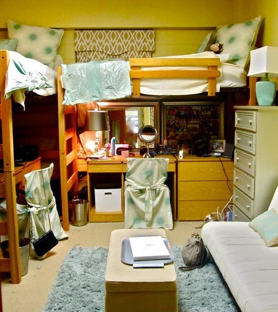 Dorm Room Photo Collage Ideas
