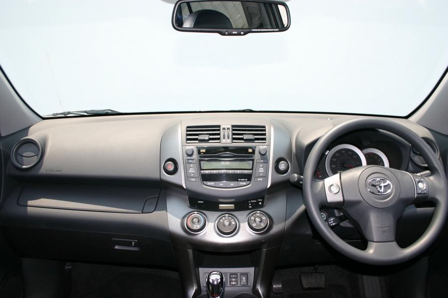 2000 Rav4 Photo Interior