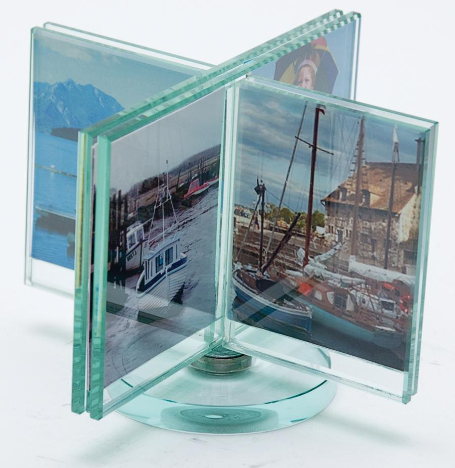 Double sided spinner glass rotating photo frame