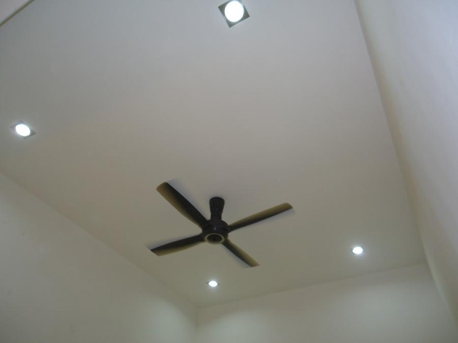 Simple Plaster Ceiling Design Photo