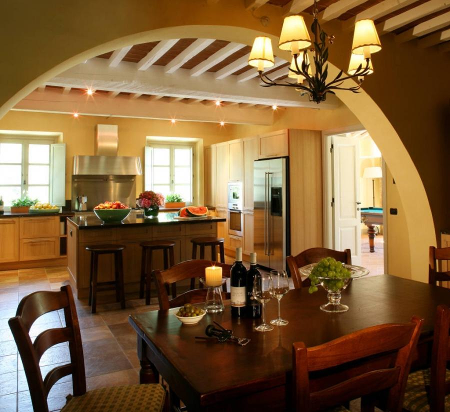 Tuscan Farmhouse Kitchen Photos