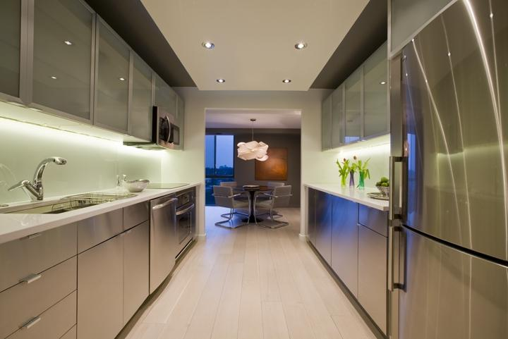 GALLEY KITCHEN The galley configuration is efficient for up to...
