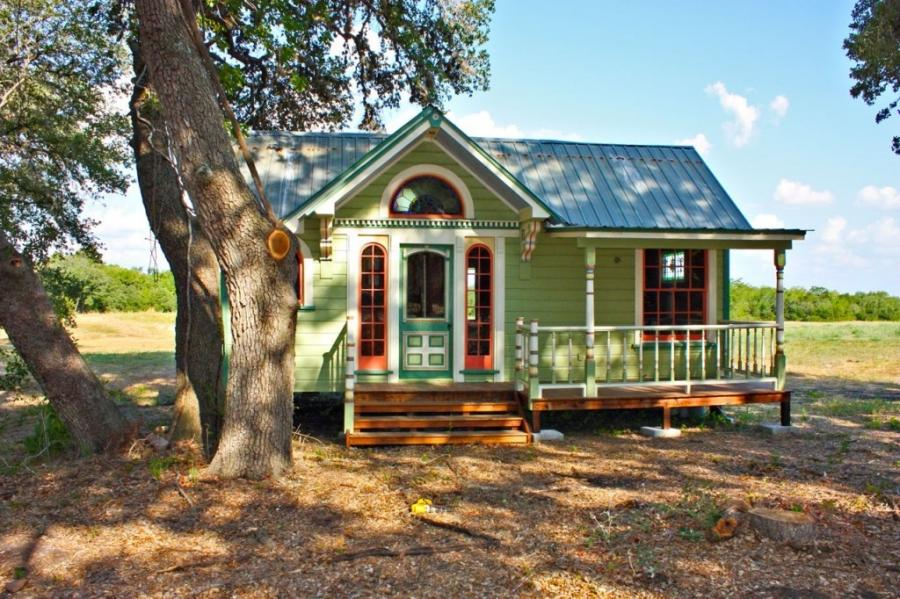Photos of small victorian cottages for Victorian tiny house for sale