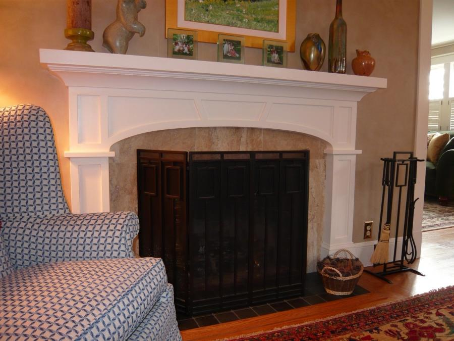 Craftsman fireplaces photos for Bungalow fireplace ideas