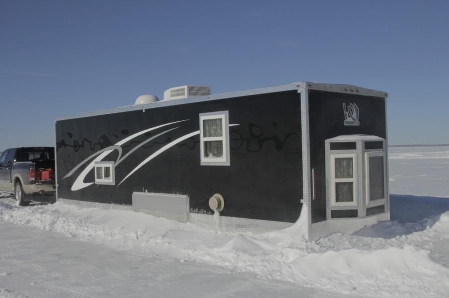 Photos of mille lacs lake fish houses for Mille lacs ice fishing rentals