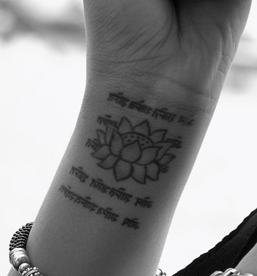 Flower Wrist Tattoos Photos