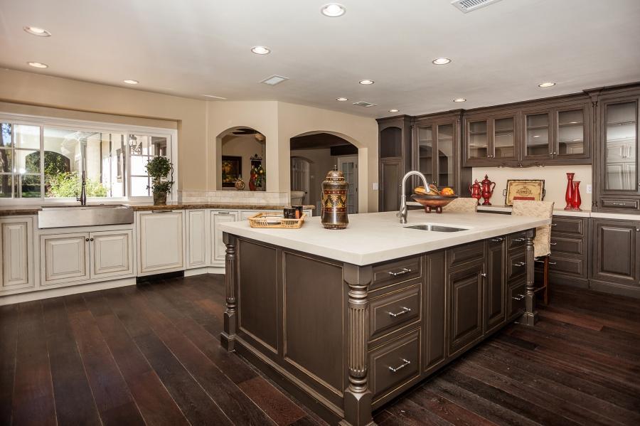 Photos cream colored kitchen cabinets - Cream colored kitchen islands ...