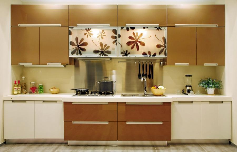 Kitchen cabinet design photos for Traditional european kitchen