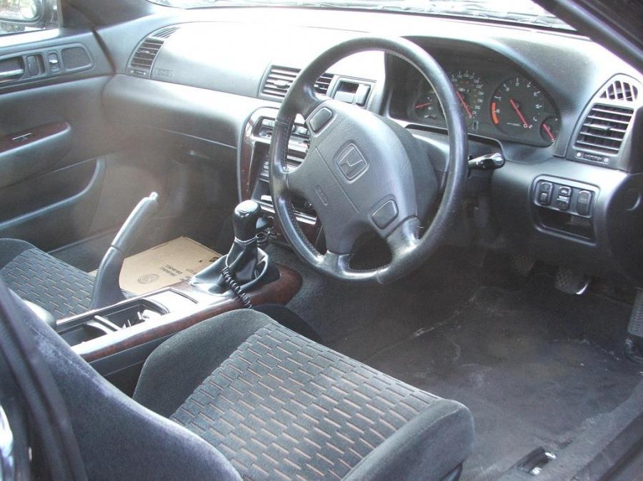 Honda Prelude Interior Photos