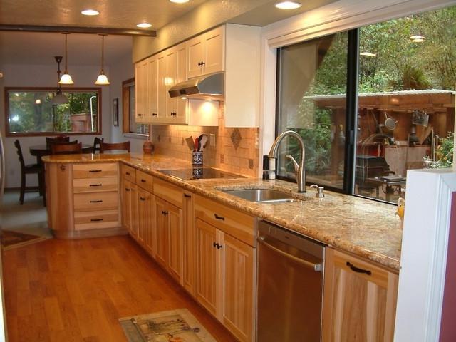 Hickory Cabinets Kitchen Photos