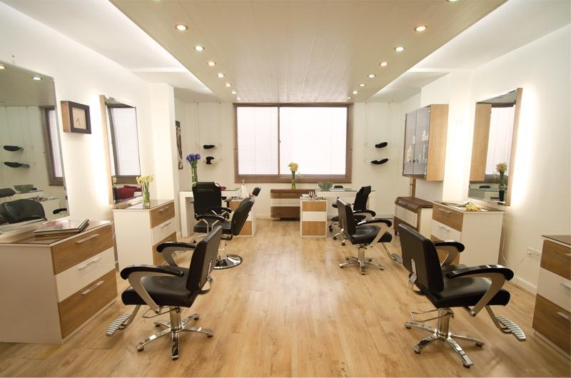 Beauty parlour photos interior for Beauty salon exterior design