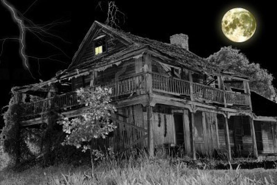 Haunted House Scene Photos