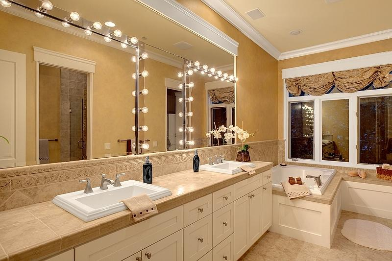 Bathroom staging photos