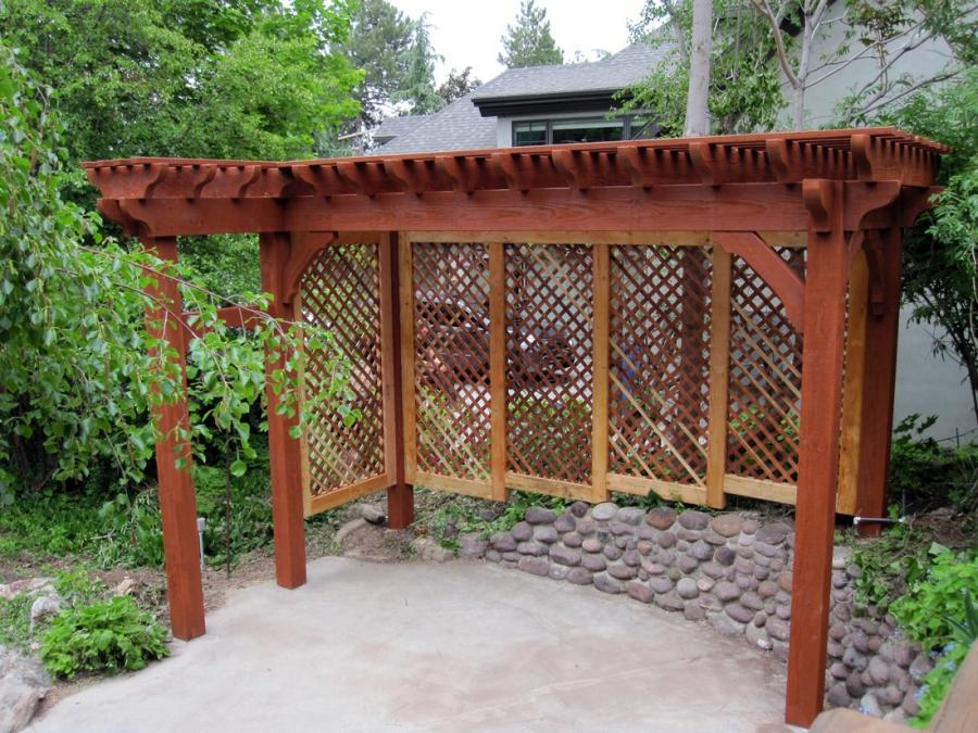 Upgraded lattice walls have been added and a trellis entryway...