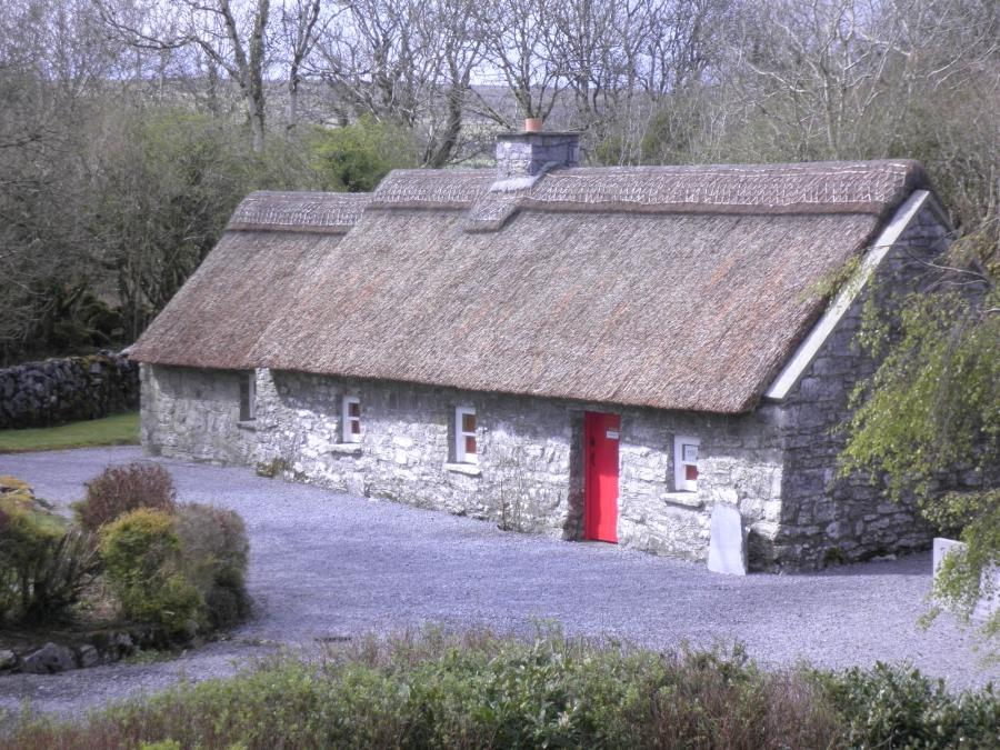 Traditional irish cottage photo for Traditional irish cottage designs