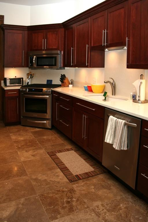 Kitchen photos with cherry cabinets for Cheap kitchen cabinets st louis