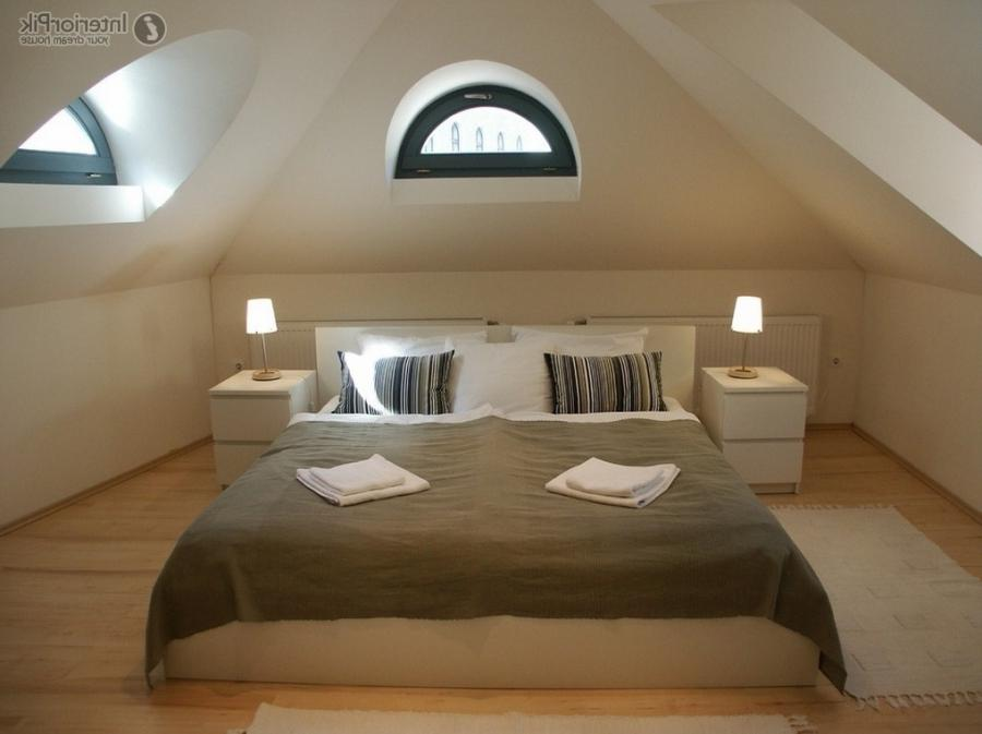 Dazzling Decor For Luxurious Attic Bedroom Decoration Pictures...