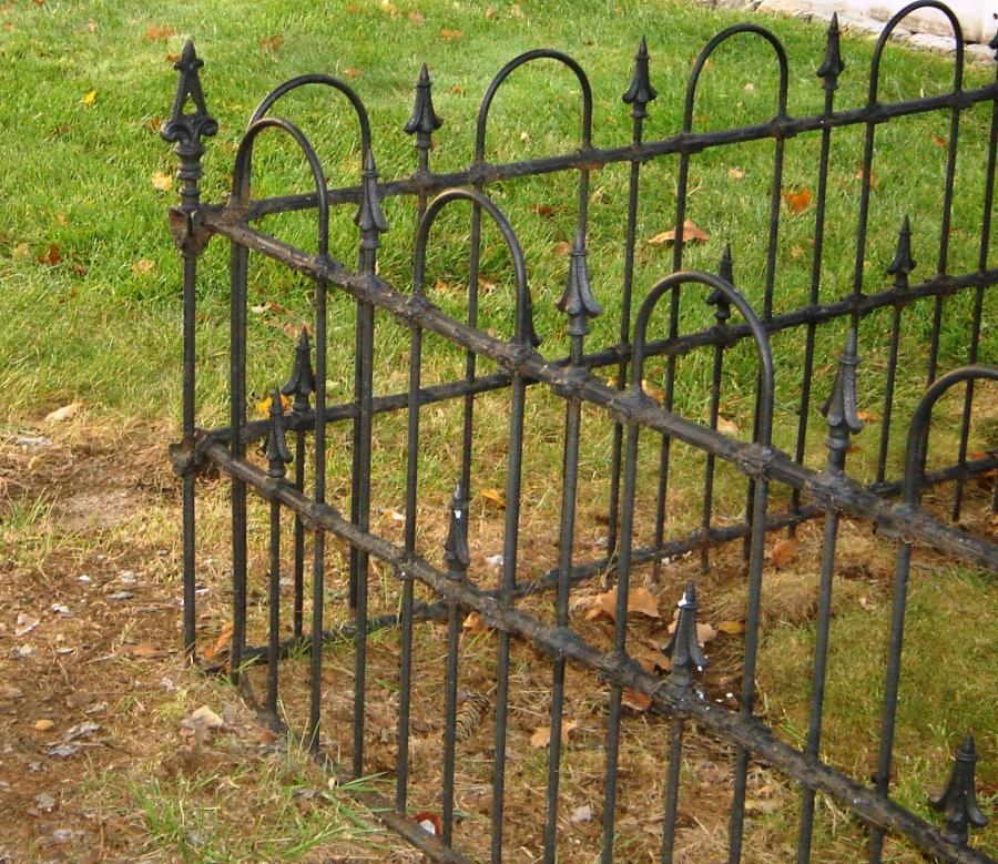 Historic Wrought Iron Fence Photos