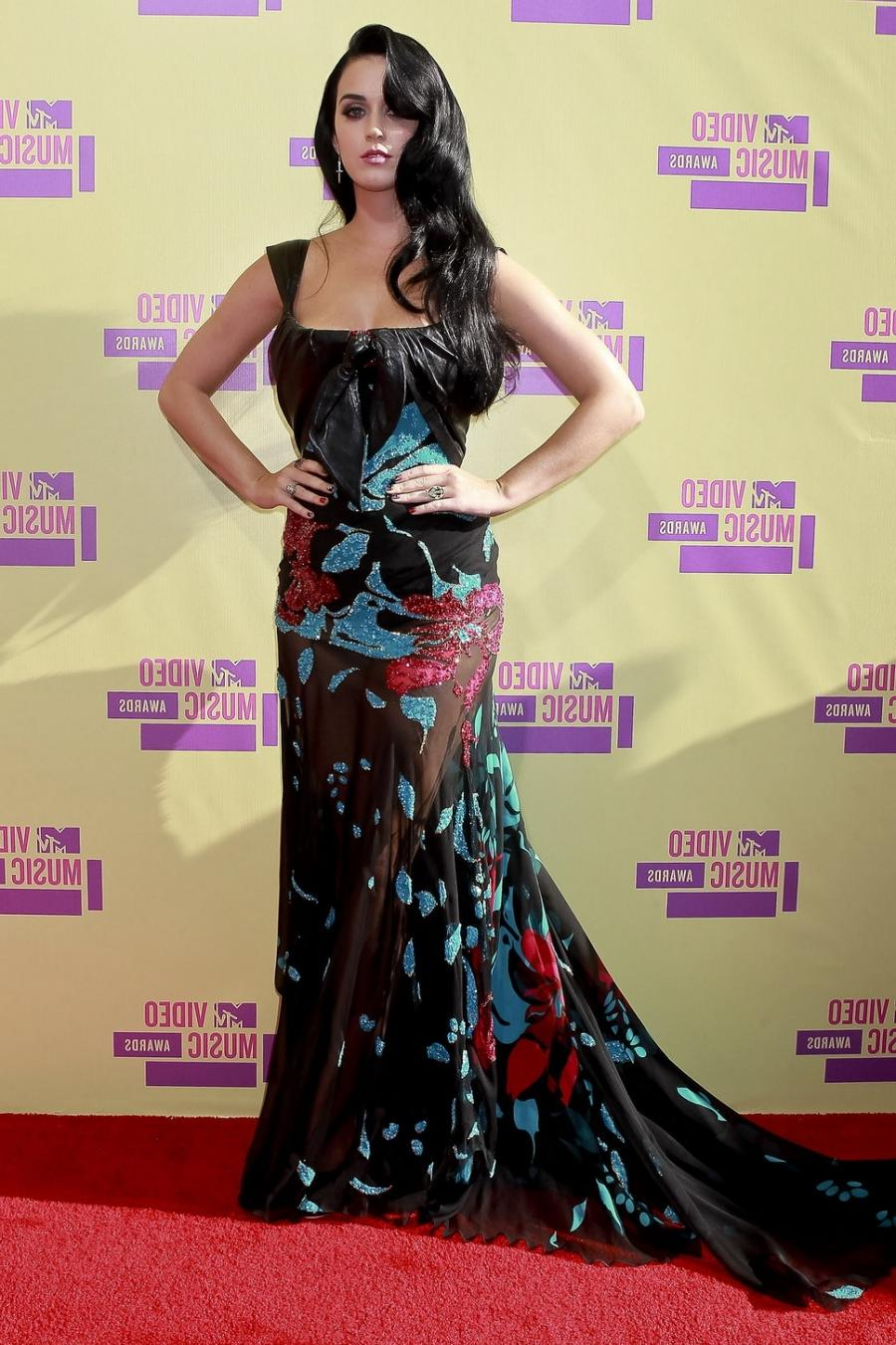 Katy Perry red carpet mtv video music awards 2012