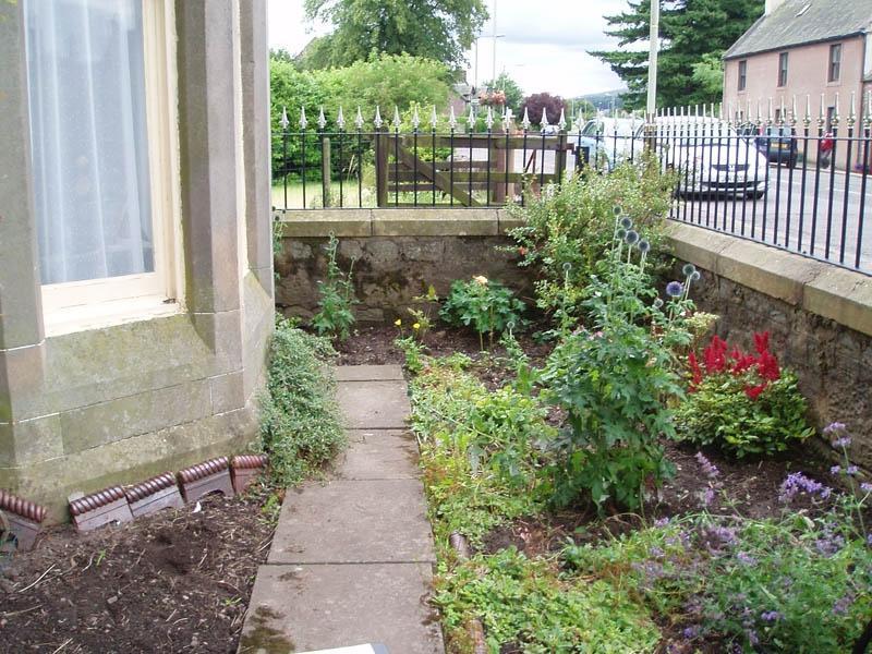 Front Gardens Photos