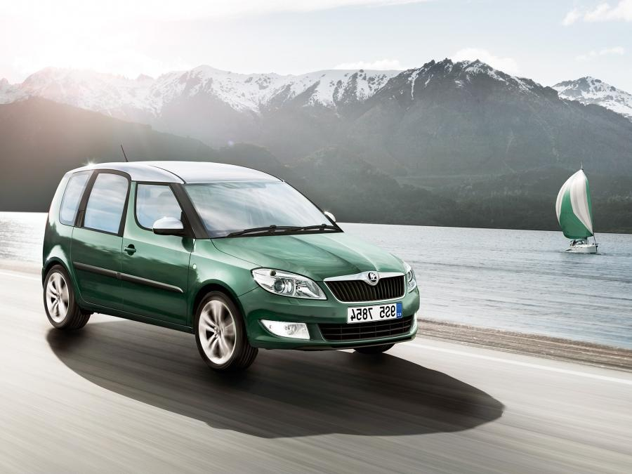 SKODA Roomster Different Color Roof