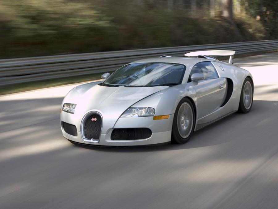 bugatti veyron photos wallpapers. Black Bedroom Furniture Sets. Home Design Ideas