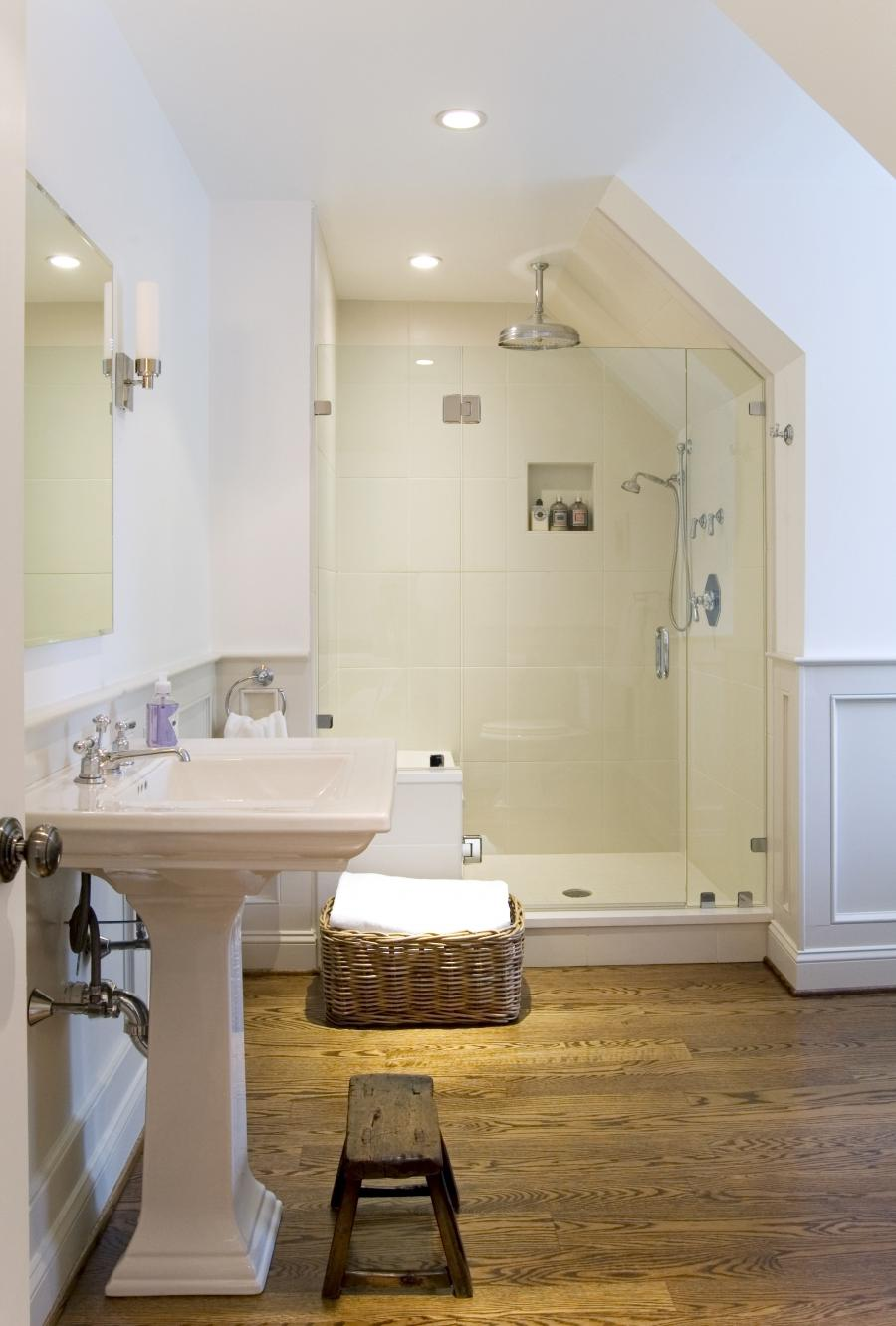 Astounding Attic Bathroom Designs » Picture 56