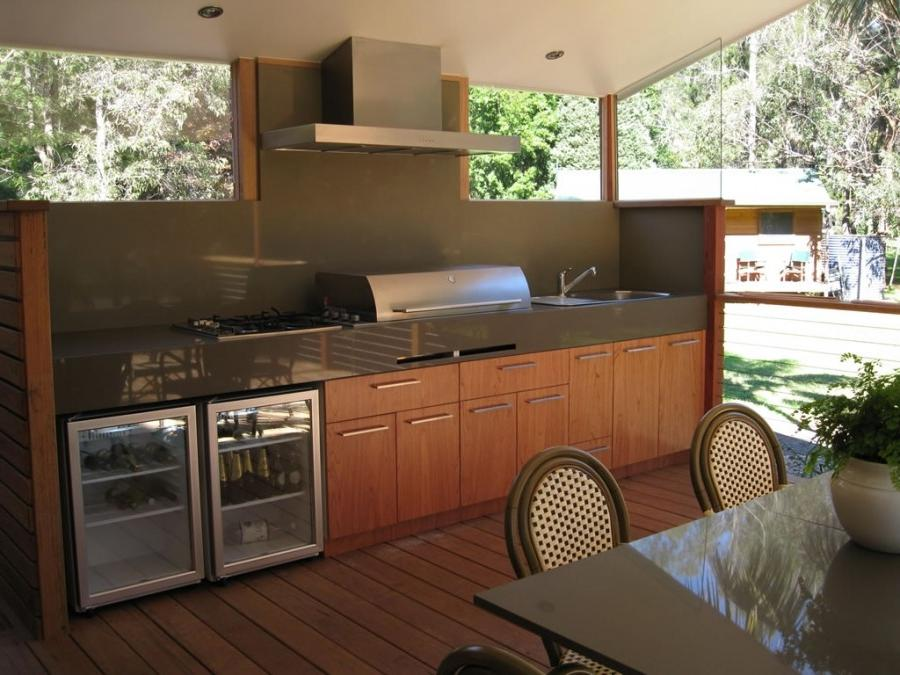 Outdoor kitchen in Wamberal