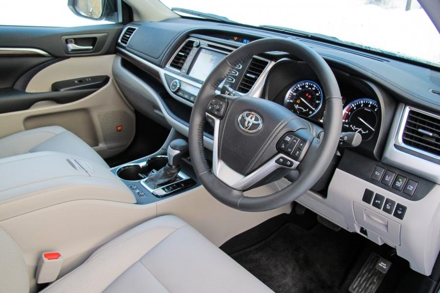 2014 toyota highlander hybrid first drive and review aol for Kent beck motors abilene