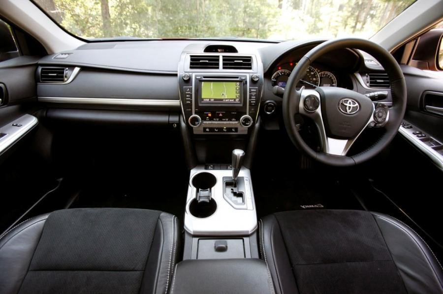 2018 Toyota Camry Exterior Photos