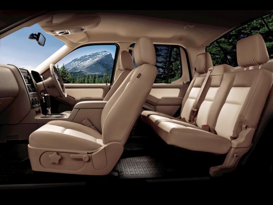 2010 Ford Explorer Interior Photos