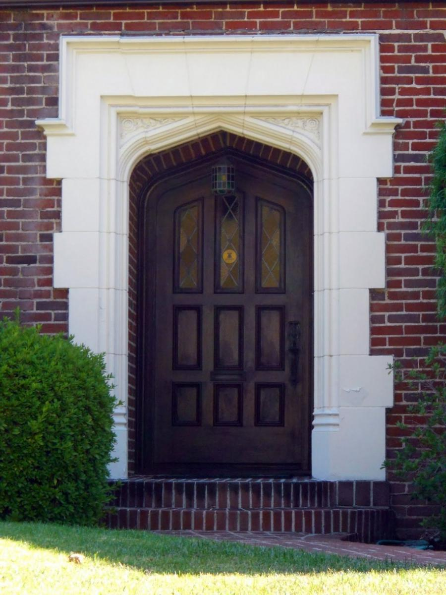 Front door design photos for a simple house for Simple front door designs