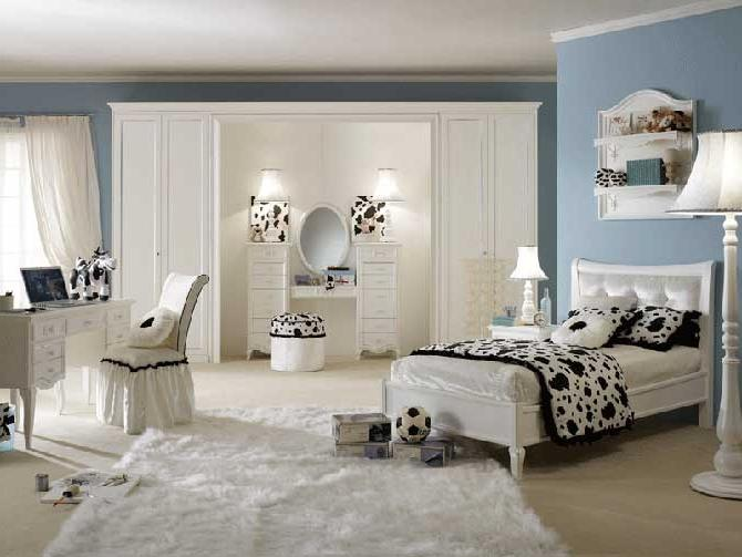 Minimalist Girls Bedroom Interior Layout