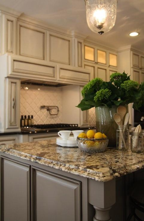 Ivory And Black Kitchen Photos