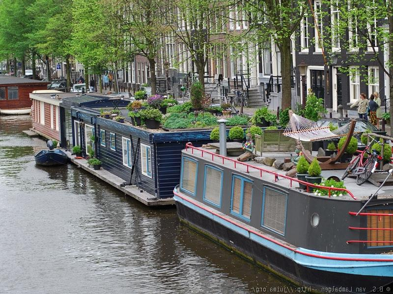 Photo of house boats for Minimalist house boat