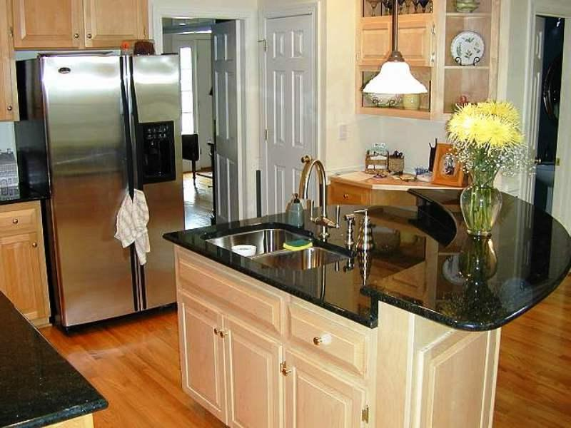 Small Elegant Kitchen Photos