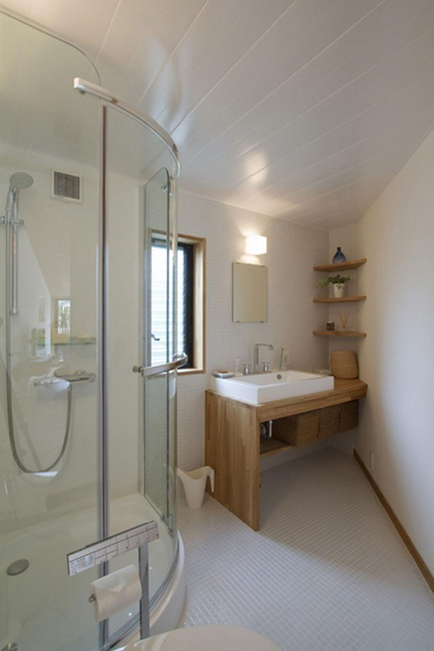 Modern beautiful bathrooms photos for Beautiful contemporary bathrooms