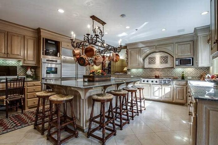 Million Dollar Kitchen Photos