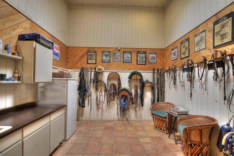 Horse Barn Tack Room Photos Layout