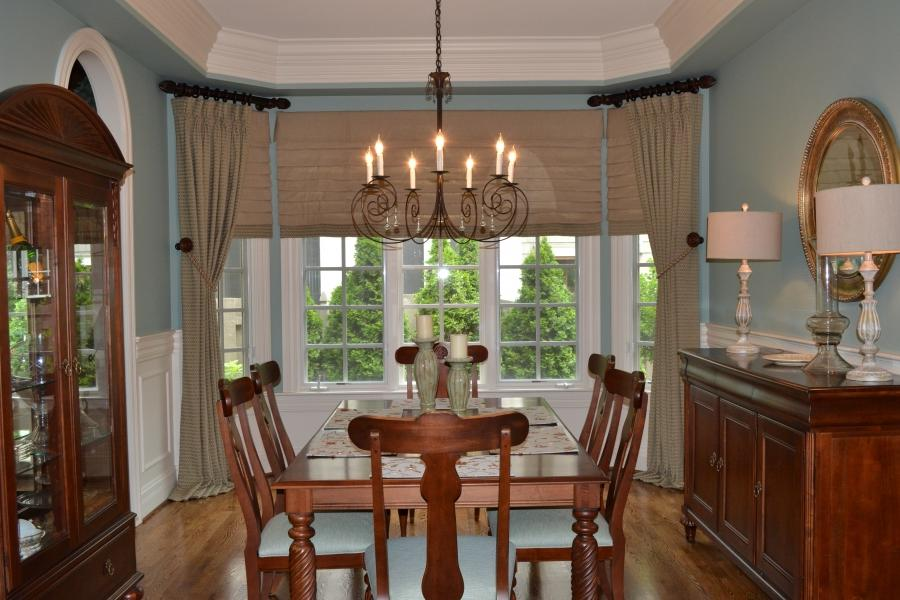 Casual dining room photos for Casual dining lighting