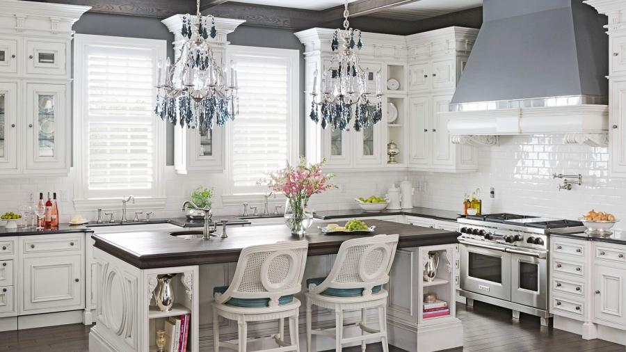 Clive Christian Luxury Kitchen in Murray, KY, by Hungeling Design...