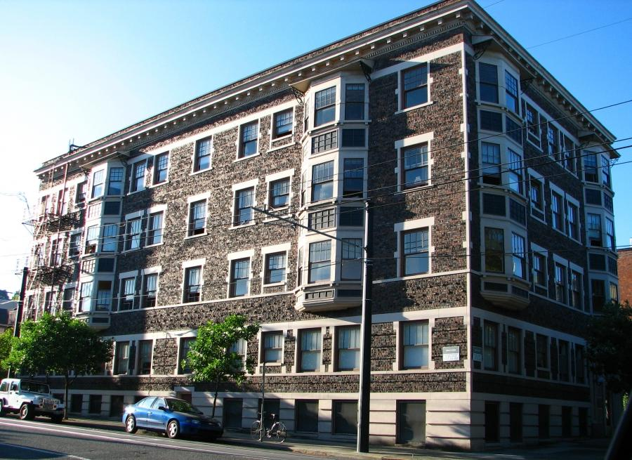 Bretnor Apartments - Portland Oregon.jpg