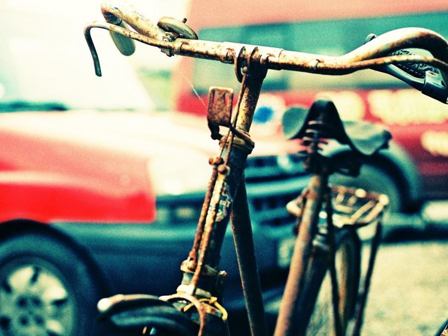 rusty bike beautiful lomo - photo #1