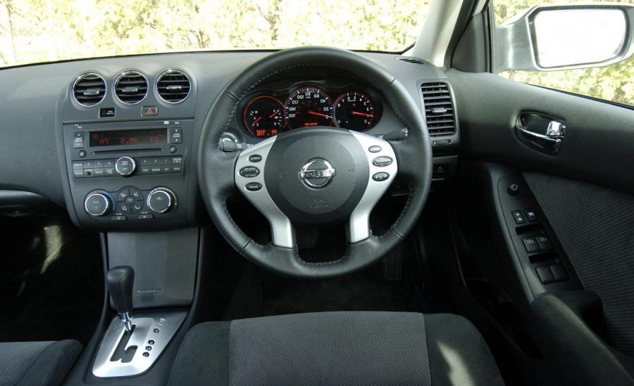 2012 Nissan Altima 25s Coupe Review Autos Post