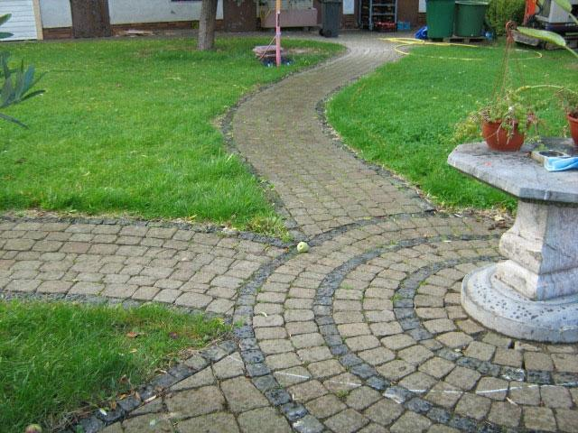 Photos of stone pathways for Landscaping rocks in los angeles