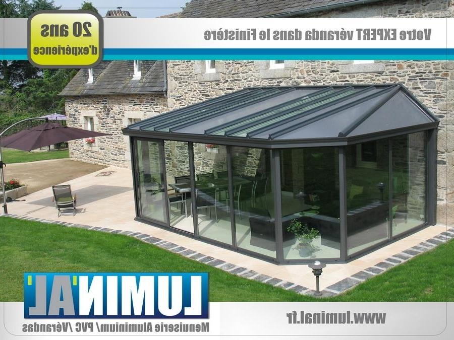 Photo de veranda en pvc for Modele de veranda en bois